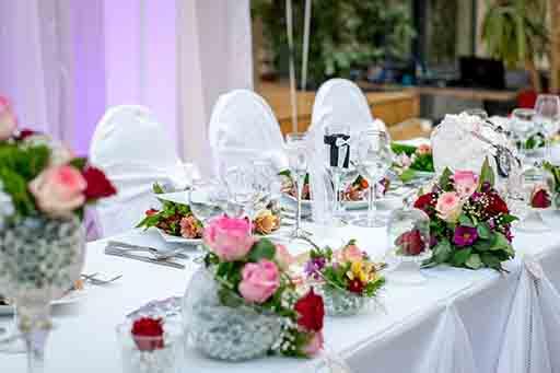 Wie viel Essen soll auf Ihrer Hochzeit serviert werden?